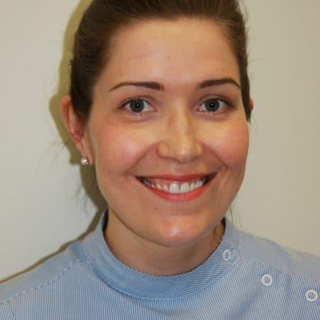 Dr Zoe Muir BDS